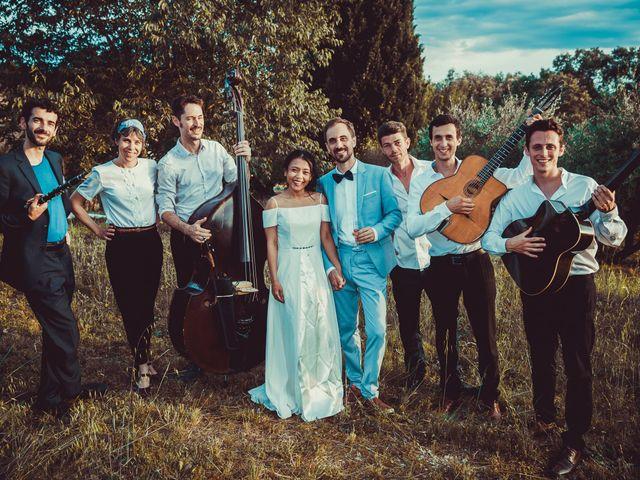 Le mariage de Julien et Nur à Montpezat, Gard 4
