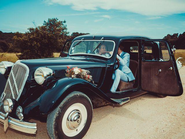 Le mariage de Julien et Nur à Montpezat, Gard 8