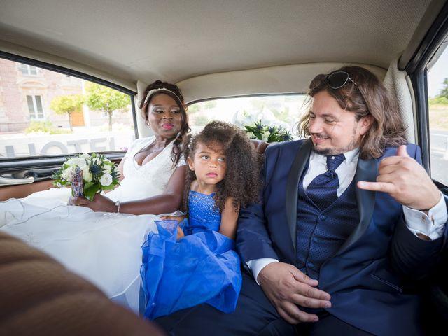 Le mariage de Matthieu et Mathilde à Douvres-la-Délivrande, Calvados 18