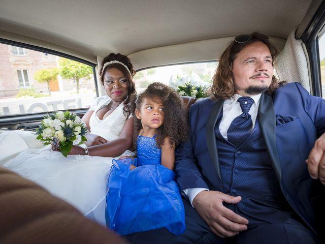 Le mariage de Matthieu et Mathilde à Douvres-la-Délivrande, Calvados 19