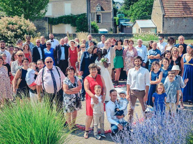Le mariage de Matthieu et Mathilde à Douvres-la-Délivrande, Calvados 23