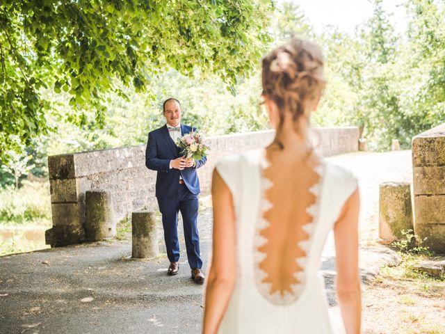 Le mariage de Thomas et Christelle à Saint-Bris-le-Vineux, Yonne 6