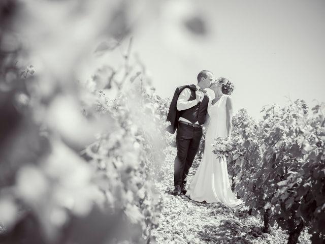 Le mariage de Thomas et Christelle à Saint-Bris-le-Vineux, Yonne 10
