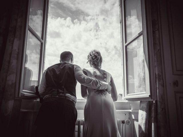 Le mariage de Thomas et Christelle à Saint-Bris-le-Vineux, Yonne 12