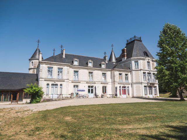 Le mariage de Thomas et Christelle à Saint-Bris-le-Vineux, Yonne 16