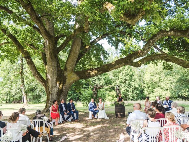 Le mariage de Thomas et Christelle à Saint-Bris-le-Vineux, Yonne 21