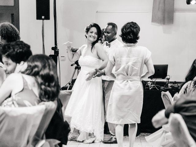 Le mariage de Laurent et Stéphanie à Le Grau-du-Roi, Gard 96
