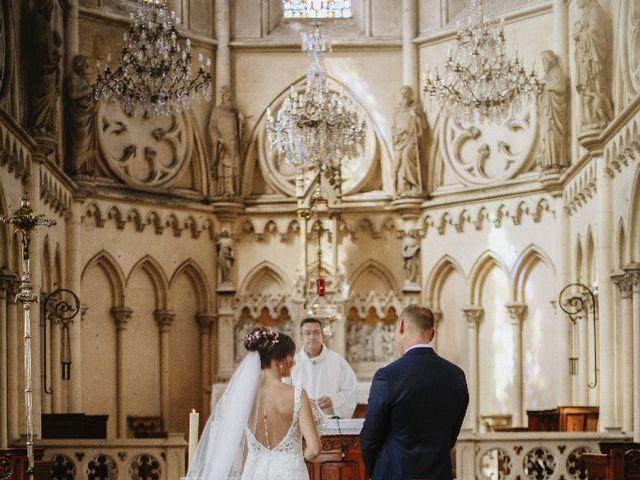 Le mariage de Isabelle et Laura à Forges-les-Eaux, Seine-Maritime 25