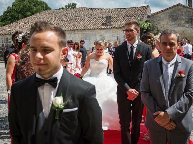 Le mariage de Mickaël et Camille à Marcenais, Gironde 16