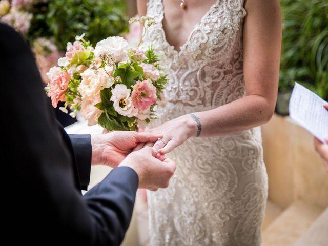 Le mariage de Zach et Dana à Paris, Paris 9