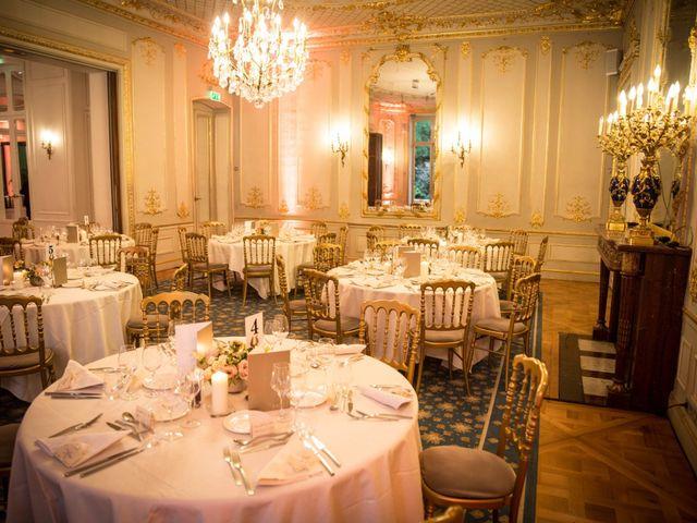 Le mariage de Zach et Dana à Paris, Paris 12