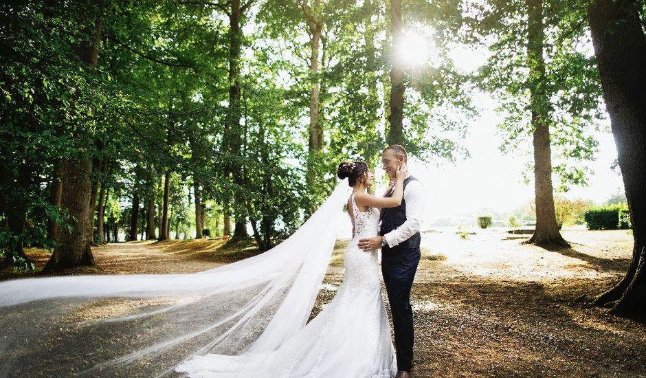 Le mariage de Isabelle et Laura à Forges-les-Eaux, Seine-Maritime