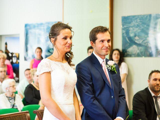 Le mariage de Camille et Caroline à Saint-Cirq-Lapopie, Lot 15