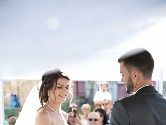 Le mariage de Erwan et Maeva à Barraux, Isère 16