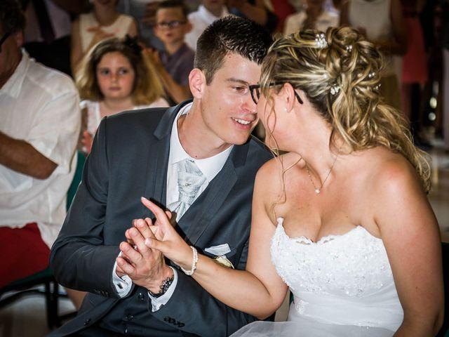 Le mariage de Ludovic et Alexandra à Civray, Vienne 13