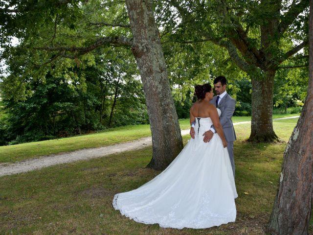Le mariage de Jonathan et Emmanuelle à Castelnau-de-Médoc, Gironde 12