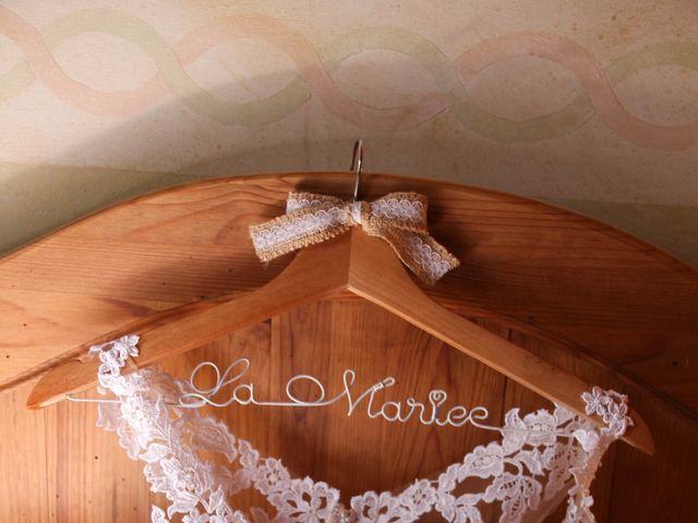 Le mariage de Thomas et Julie à Galgon, Gironde 6