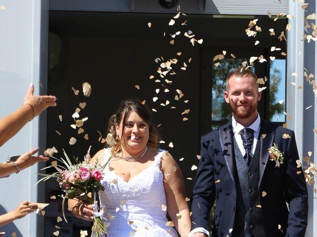 Le mariage de Thomas et Julie à Galgon, Gironde 18