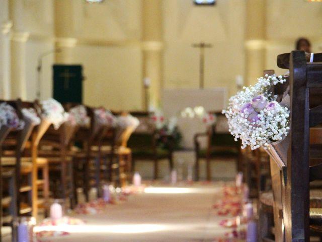 Le mariage de Thomas et Julie à Galgon, Gironde 19