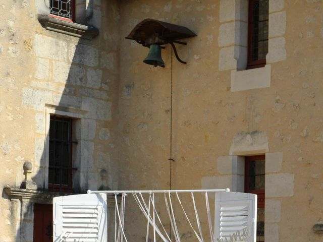 Le mariage de Thomas et Julie à Galgon, Gironde 26