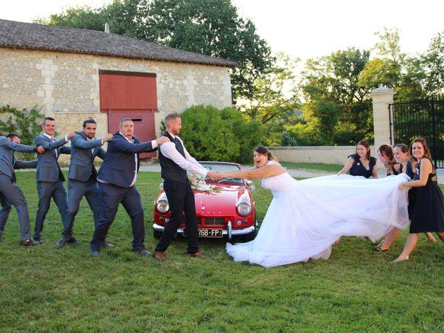 Le mariage de Thomas et Julie à Galgon, Gironde 28