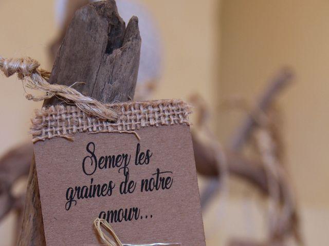 Le mariage de Thomas et Julie à Galgon, Gironde 31