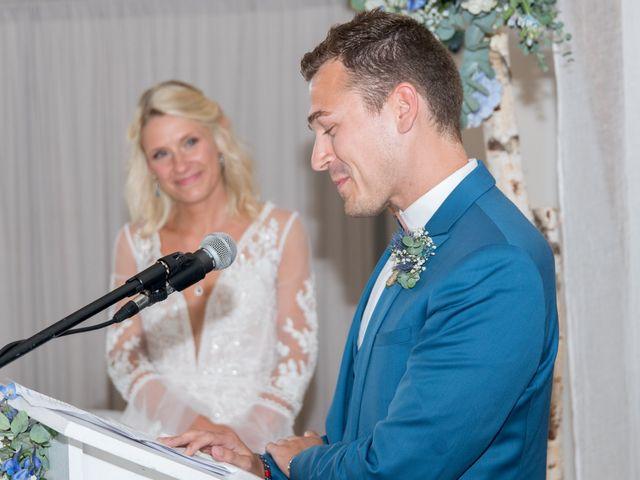 Le mariage de Nicolas et Adeline à Le Bocasse, Seine-Maritime 30