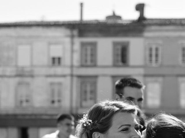 Le mariage de Florian et Nelly à L'Isle-Jourdain, Gers 5