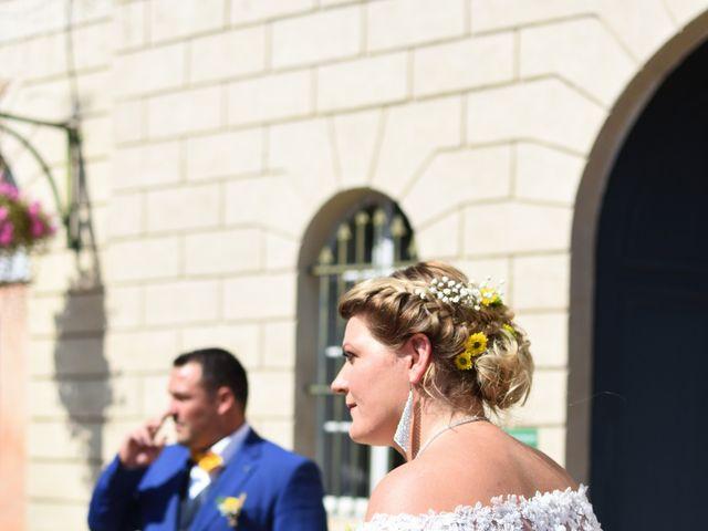 Le mariage de Florian et Nelly à L'Isle-Jourdain, Gers 6
