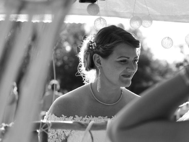 Le mariage de Florian et Nelly à L'Isle-Jourdain, Gers 15