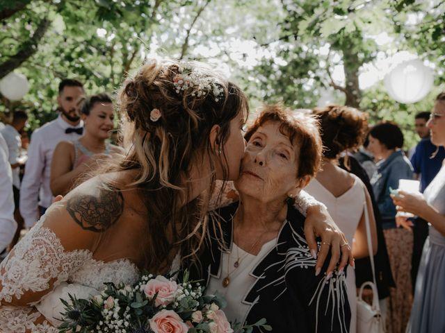 Le mariage de Florent et Laura à Saint-Clar-de-Rivière, Haute-Garonne 36
