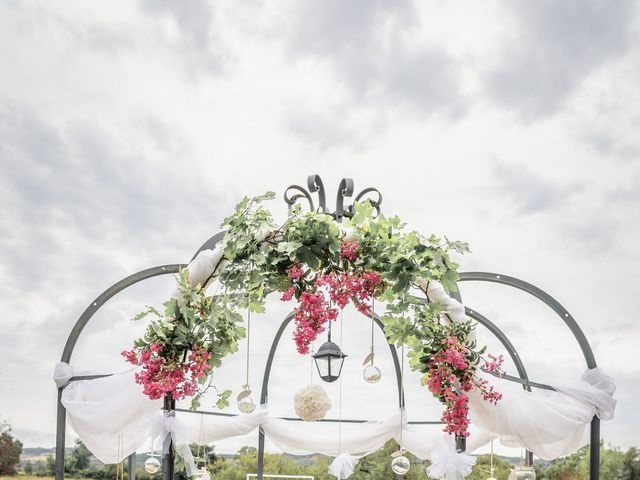 Le mariage de Anthony et Sylvia à Grambois, Vaucluse 6