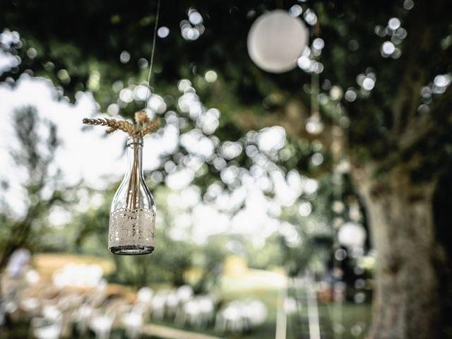 Le mariage de Anthony et Sylvia à Grambois, Vaucluse 8