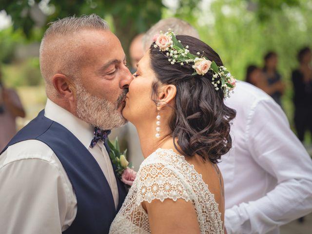 Le mariage de Anthony et Sylvia à Grambois, Vaucluse 24