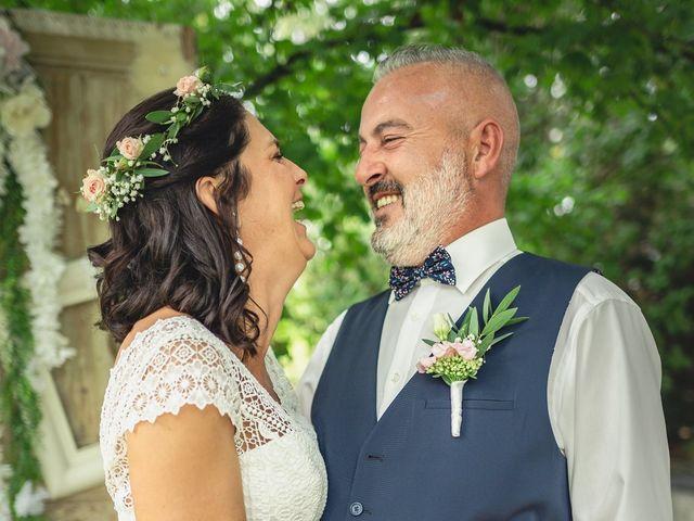 Le mariage de Anthony et Sylvia à Grambois, Vaucluse 25