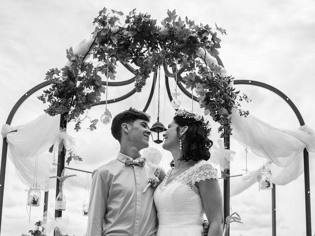 Le mariage de Anthony et Sylvia à Grambois, Vaucluse 30