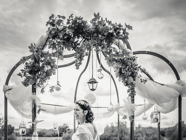 Le mariage de Anthony et Sylvia à Grambois, Vaucluse 32