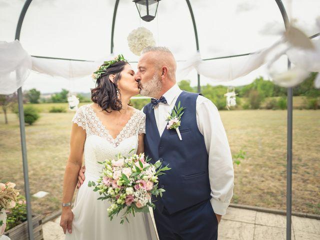 Le mariage de Anthony et Sylvia à Grambois, Vaucluse 33