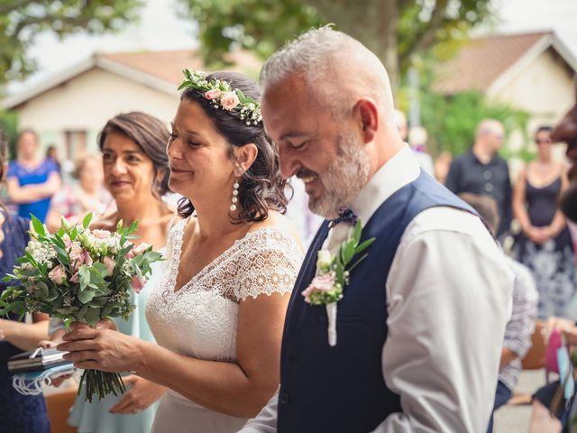 Le mariage de Anthony et Sylvia à Grambois, Vaucluse 36