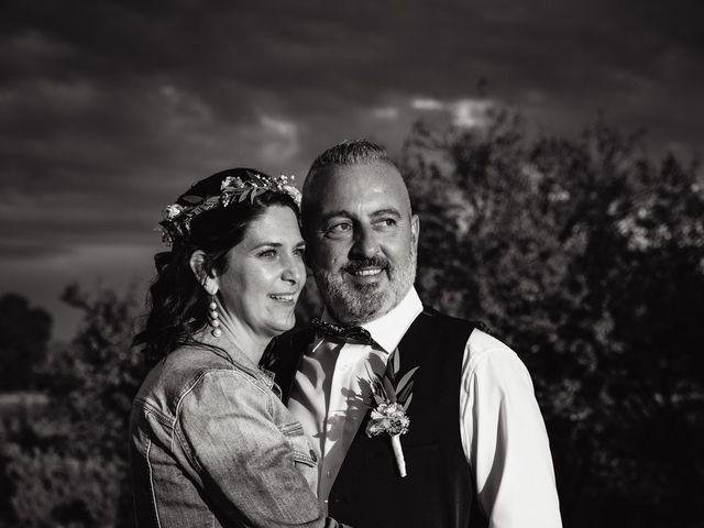 Le mariage de Anthony et Sylvia à Grambois, Vaucluse 42