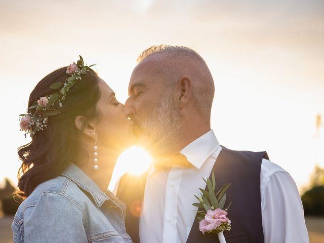 Le mariage de Anthony et Sylvia à Grambois, Vaucluse 48