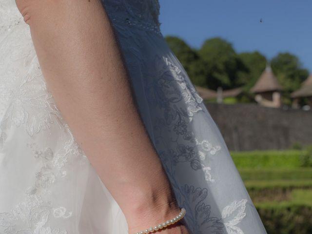 Le mariage de Christophe et Priscilla à Montferrat, Isère 9
