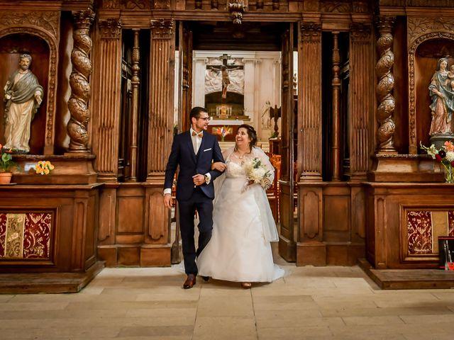 Le mariage de Jean Baptiste et Marine à Nouaillé-Maupertuis, Vienne 24