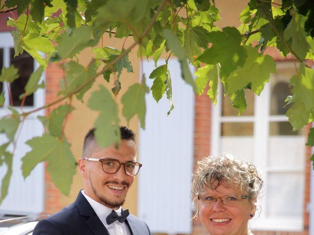 Le mariage de Emeric et Marjorie à Semur-en-Vallon, Sarthe 33