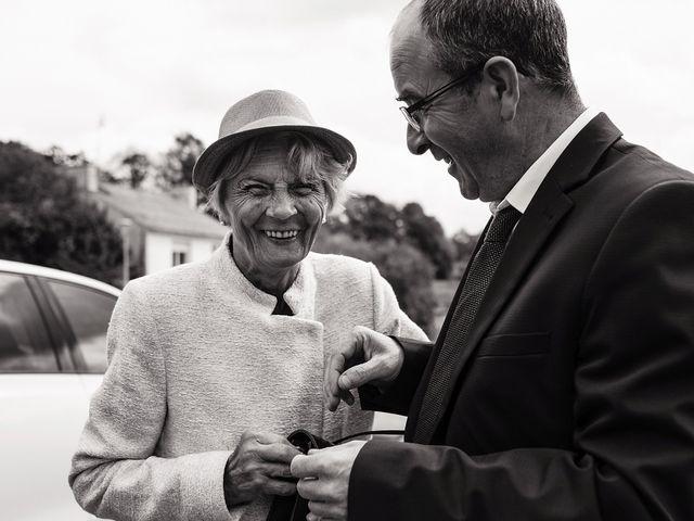 Le mariage de Yann et Julie à Lanvénégen, Morbihan 20