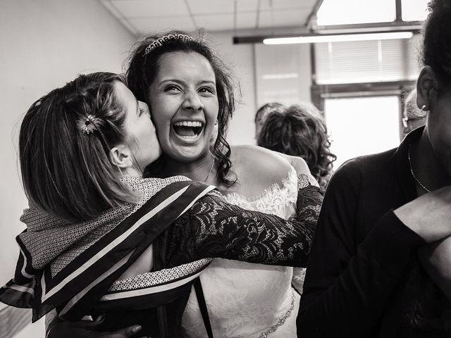 Le mariage de Yann et Julie à Lanvénégen, Morbihan 27