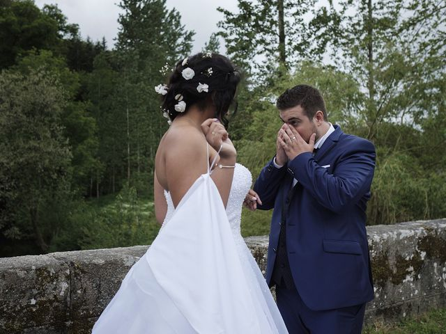 Le mariage de Yann et Julie à Lanvénégen, Morbihan 40