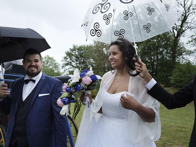 Le mariage de Yann et Julie à Lanvénégen, Morbihan 49