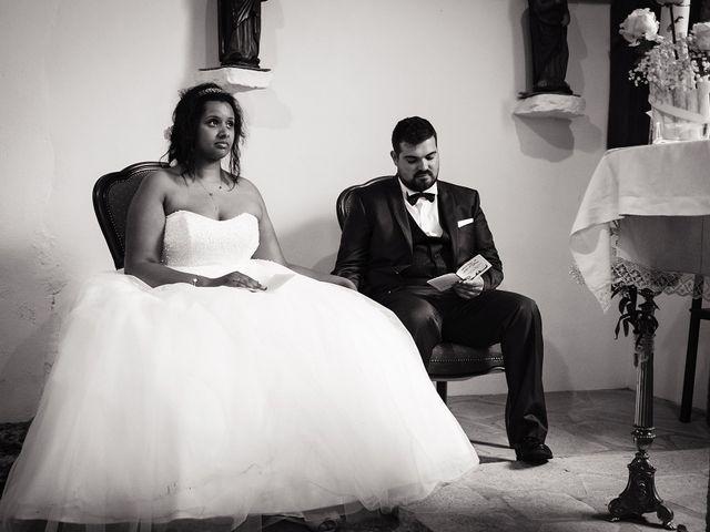 Le mariage de Yann et Julie à Lanvénégen, Morbihan 54