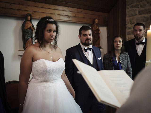Le mariage de Yann et Julie à Lanvénégen, Morbihan 55